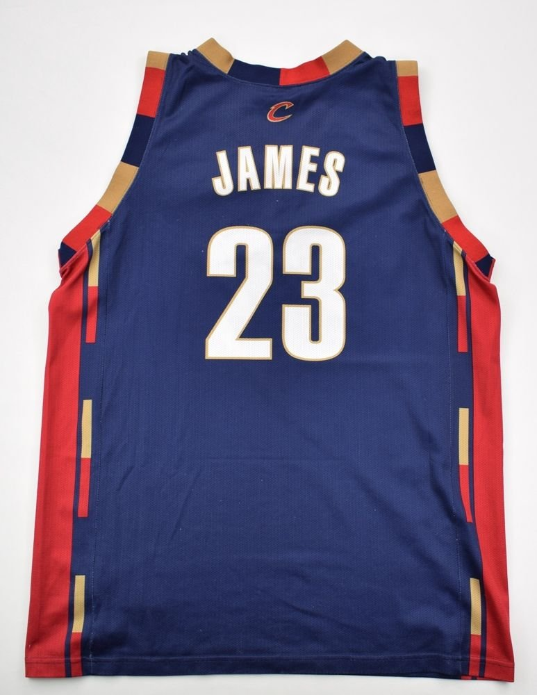 check out 71760 3b355 CLEVELAND CAVALIERS *JAMES* NBA CHAMPION SHIRT XL